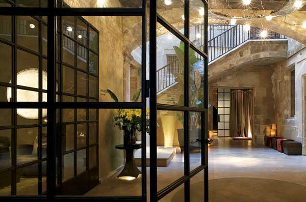 I migliori hotel al mondo con personal shopper viviconstile for Migliori hotel barcellona