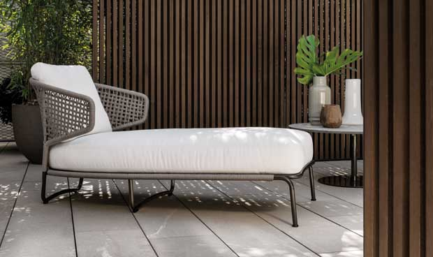 Mobili da esterni di design aston cord outdoor di for Arredamento esterni design